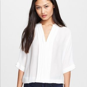 Joie – Marru Silk Blouse in Ivory